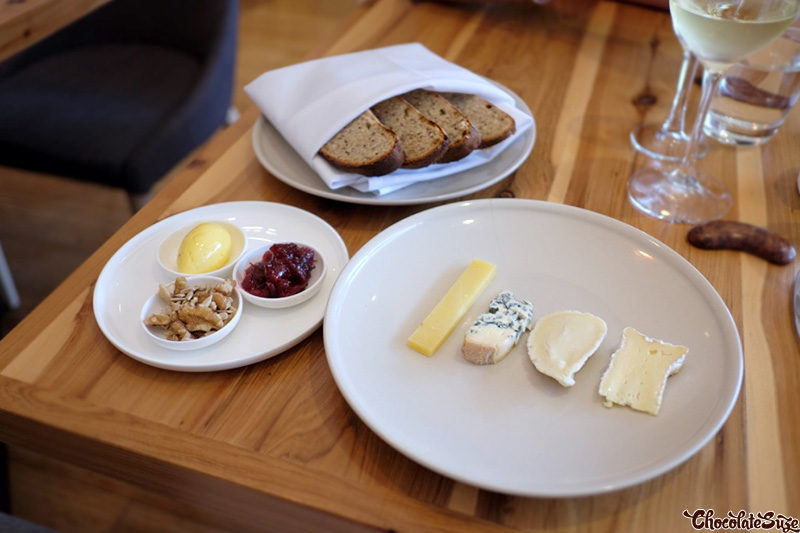 Cheese course at Moxhe, Bronte
