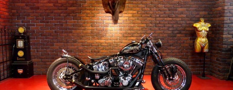 2000年  FLSTC  old-bobber style6