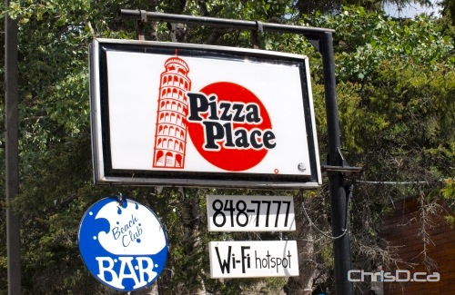 Pizza Place - Clear Lake