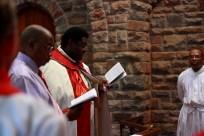Fr Duncan addresses the new council