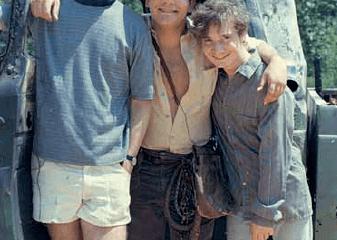 Indiana Jones im Stimmbruch: Wie drei Fans den Filmklassiker im Garten nachdrehten