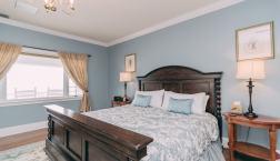 Mountain Sunrise Room - Christopher Place Resort - 7