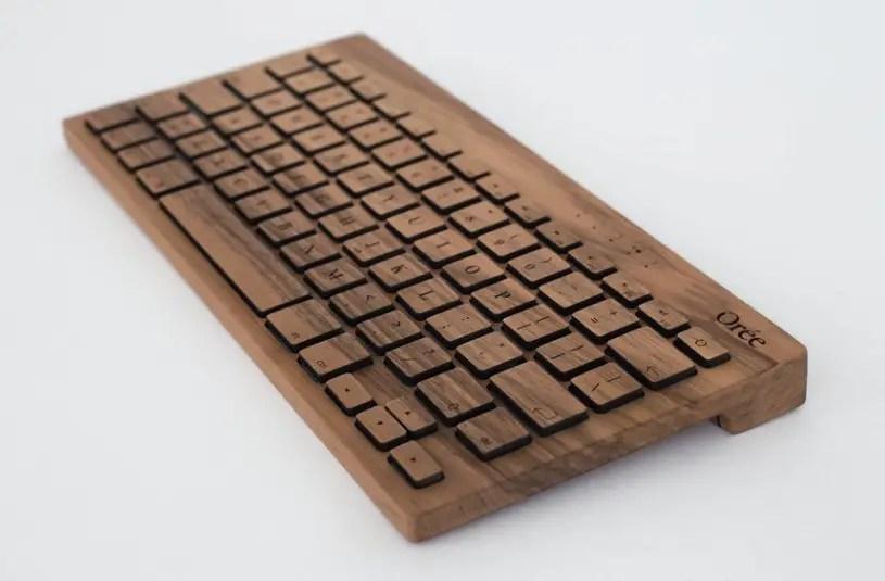 wooden-keyboard