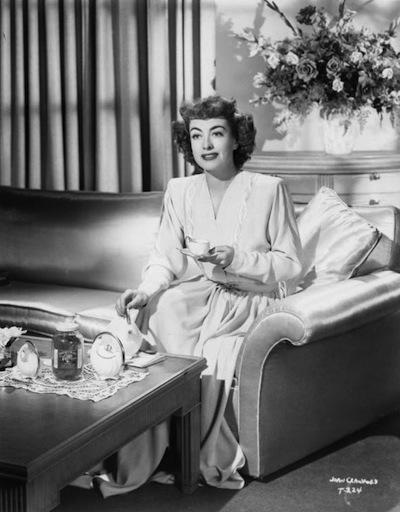 joan-crawford-tea2