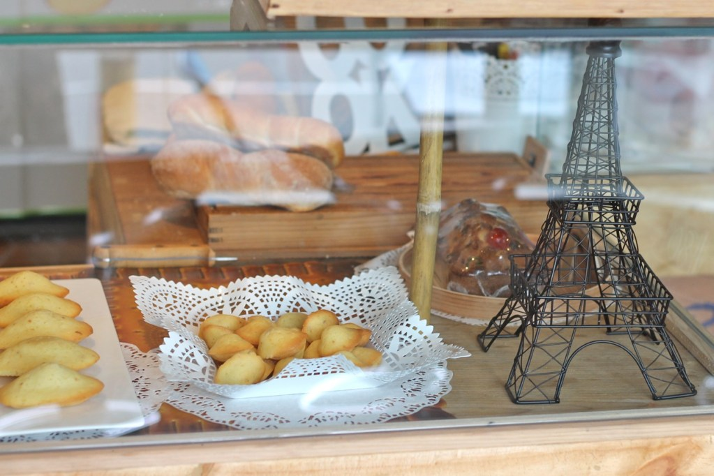 Friday Finds ☆ Authentique French Bakery ☆ Kemang Jakarta