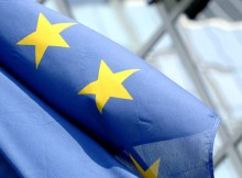 ciatoscana-europa-bruxelles_bandiera-ue-sventola