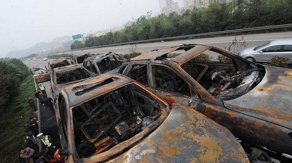 20_cars_on_fire_6