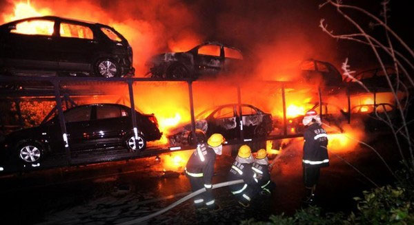 20_cars_on_my_fire_2