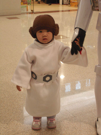 Life_of_a_Chinese_Stormtrooper-05