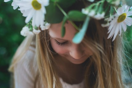 Sydney photographer - girl with a flower crown
