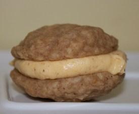 oatmeal pumpkin sandwich cookie