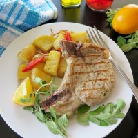 Brizola (Greek-style Pork Chops) #SundaySupper