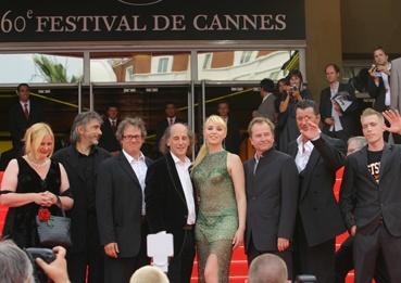 L'équipe du film autour du réalisateur Ulrich Seidl (photo L'Oréal Cannes)