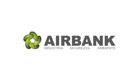 Amsa mette in sicurezza i liquidi pericolosi con gli armadi con vasca di raccolta di Airbank