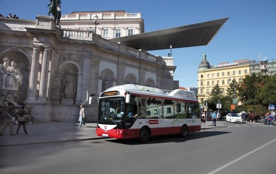 A Vienna circola l'EBus elettrico