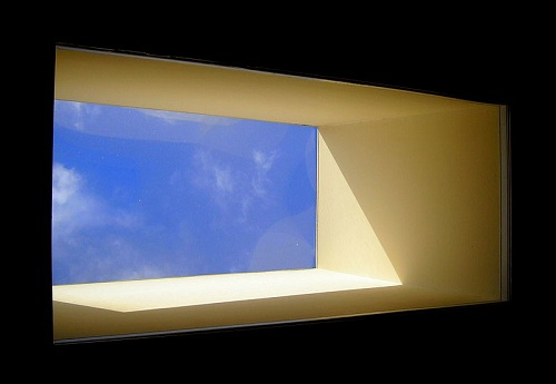 Skylight providing internal illuminance