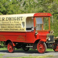 More Awesome Classic Commercial Vehicles