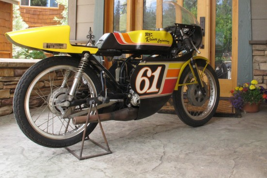 1975 Yamaha TA125 R Side