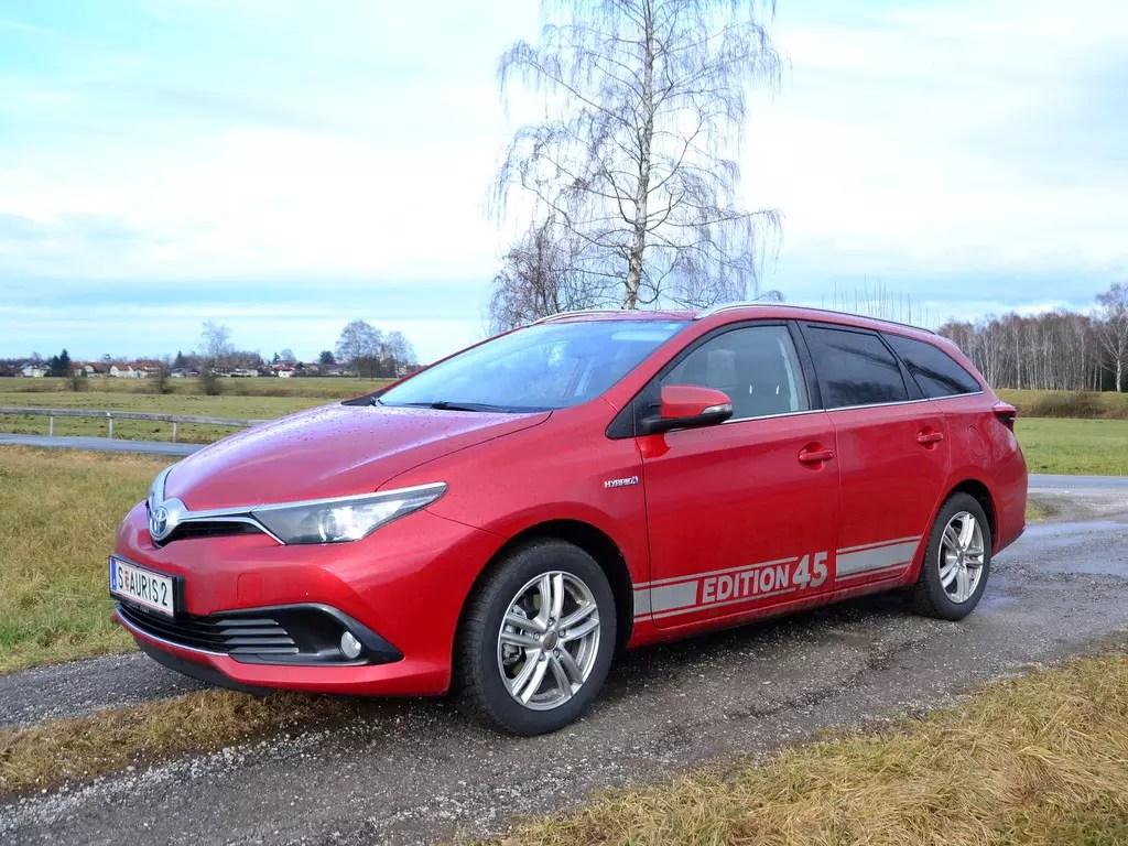 Auf der Suche nach einem neuen Auto; Toyota Auris Hybrid TS Touring Sports