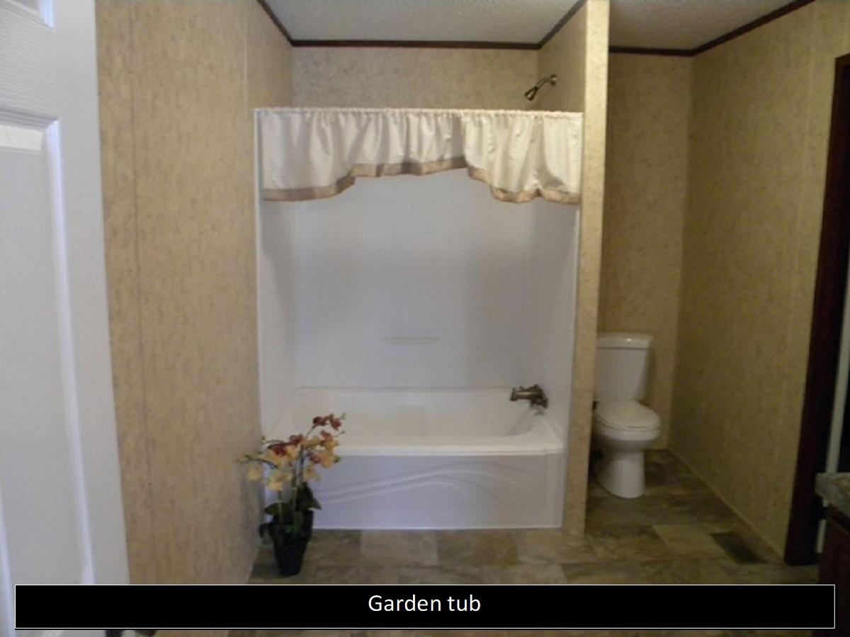 Sturdy Garden Glamour Bath Bathroom Customization Options Clayton Factory Direct What Is A Garden Tub Shower What Size Is A Garden Tub houzz-03 What Is A Garden Tub
