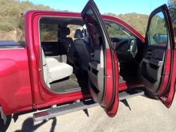 chevy-silverado-crew cab-spacious