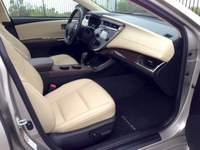 Toyota Avalon - luxury inside