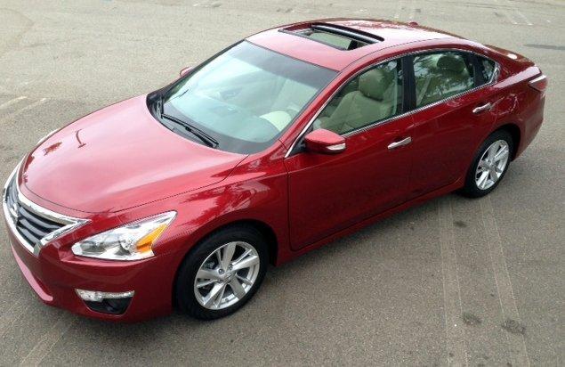 2014,Nissan,Altima,midsize sedan,best-seller