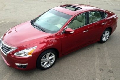 2014,Nissan,Altima,midsize sedan,best-seller