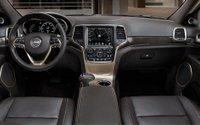 2014 Jeep,Grand Cherokee,interior,upscale,diesel