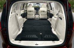 2017,Chrysler,Pacifica,snow 'n go seats,minivan