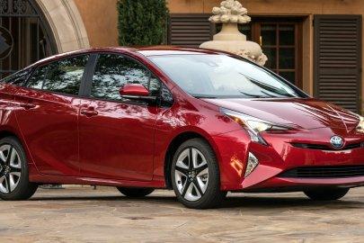 2016,Toyota,Prius,mpg,fuel economy