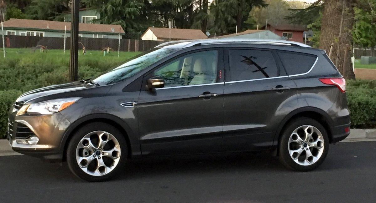 2016 Ford,Escape 4WD,Paltinum,mpg