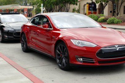 Tesla, Tech Features, advanced tech