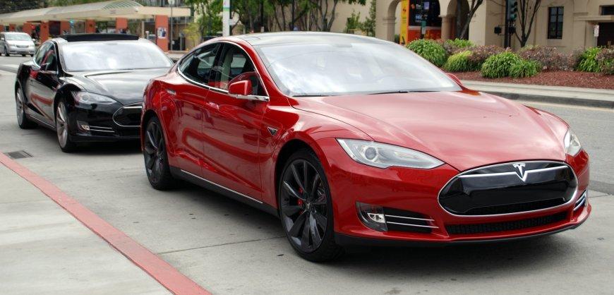 Tesla, Tech Features, advanced tech