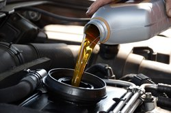 electric car advantages, no oil changes