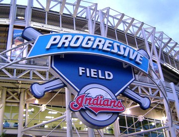progressive-field-structural-steel-cross-bracing