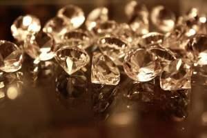 De Beers Diamonds - Bargaining power of Suppliers