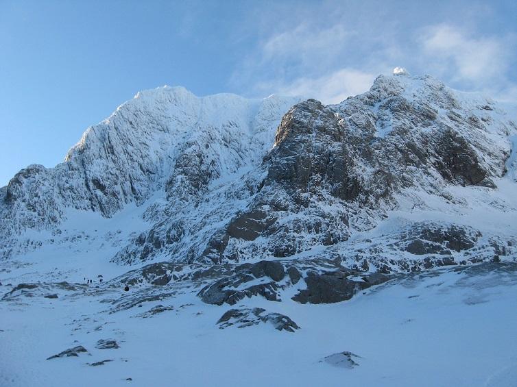 scottish mountaineering courses