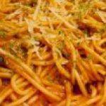 Exquisito Espaguetti en Crema Verde