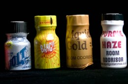 Can Poppers Really Cause Blindness?