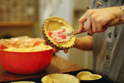 Coco&Me - Picture taken by Tommy of www.thisisnaive.com - Tamami of Broadway Market making tarts & cakes in the kitchen - www.cocoandme.com