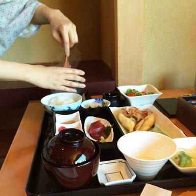 www.cocoandme.com - Coco&Me - Coco and Me - Japanese breakfast - Onsen tamago egg on rice - yuzu soy sauce - Asagohan - Hyatt Regency Tokyo Hotel