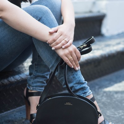 coco-and-vera-top-vancouver-fashion-blog-top-canadian-fashion-blog-top-blogger-outfit-details-lovers-and-friends-jeans-le-chateau-sandals-apc-halfmoon-bag-madewell-rings