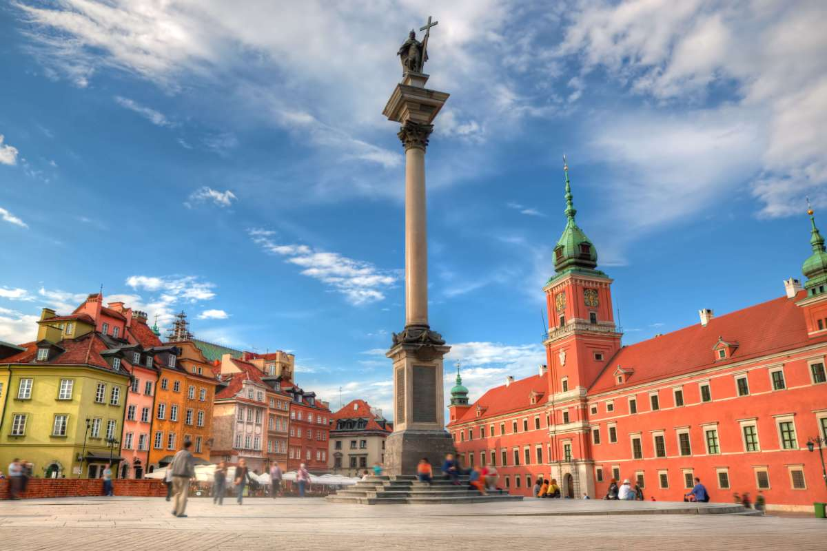 Visiting Warsaw Old Town - Churches and Museums