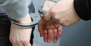 Detienen a mujer alemana que prostituía a su hijo de nueve años