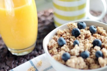 blueberries-breakfast-cereals-4815-825x550