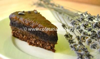 Felie de tort raw vegan afine-levantica