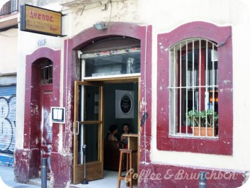 Brunch con bellini en Gracia–Avenue Bar-Exterior