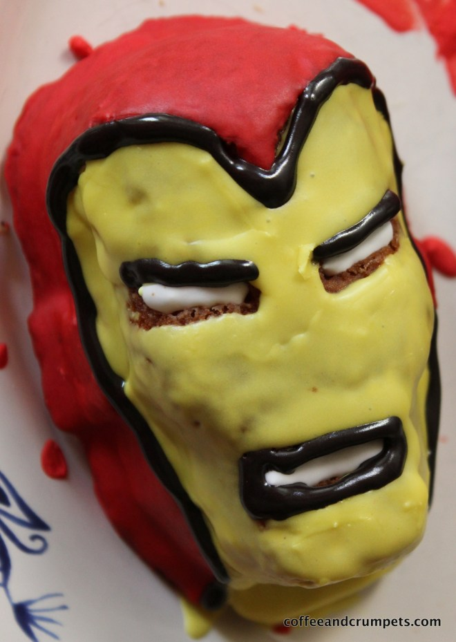 IMG 2377 727x1024 Marvel Superhero Cakelets and a Birthday