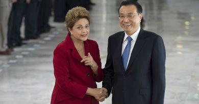1200px-Dilma_Rousseff_recebe_o_primeiro-ministro_da_China_Li_Keqiang